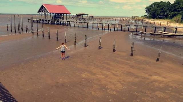 Low water levels in Mobile Bay caught on camera